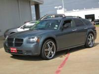 2005 Dodge Magnum Station Wagon SE Our Location is: