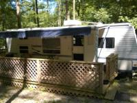 2005 Dutchman Camper for sale. Clean and well