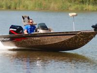 ***************SUPER MINT***05 FISHER 170 PRO HAWK 90HP