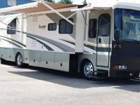 2005 Fleetwood 38n Diesel Pusher Very nice low mileage