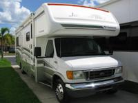 2005 Fleetwood Jamboree GT R/V travel mobile home 31W