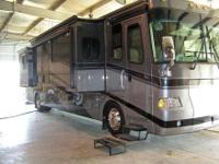 RV Type: Class A Year: 2005 Make: Fleetwood Model: