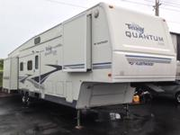Pre-Owned 2005 Fleetwood RV Terry Quantum AX6 395 RL5S