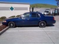 2005 Ford Crown Victoria Police Interceptor SEDAN 4-DR,