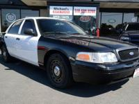2005 Ford Crown Victoria Police Interceptor! WE FINANCE