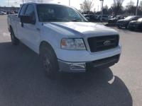 Oxford White Clearcoat 2005 Ford F-150 XLT RWD 4-Speed