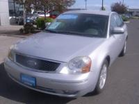 2005 Ford Five Hundred 4dr Front-wheel Drive Sedan SEL