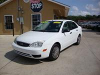 CLEAN! GAS SAVER! Check out this 2005 Ford Focus ZX4 SE