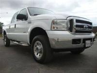 This 2005 Ford Super Duty F-250 XLT 4x4 Truck features