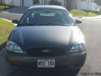 Charcoal gray 2005 Ford Taurus SEL for sale. Great
