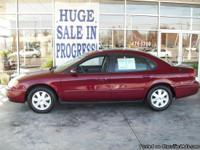 2005 Ford Taurus SEL Great Dependable Car w// Room!!