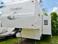 : Check out this 05 FOREST RIVER CHEROKEE MS255S, this