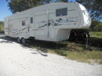 2005 Forest River Wildcat 31BHQ1 super slidefull