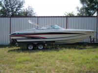 A 2005 Formula 271Fastech, this boat was purchased