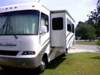 Description Full Financing Available! 2005 Four Winds