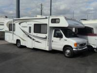 Pre-Owned 2005 Four Winds RV Majestic 28 Motor Home