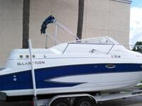 2005GLASTRON 249GSFORWARD V BERTH SLEEPS 2REAR AFT