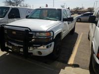 We are excited to offer this 2005 GMC Sierra 2500HD.