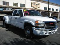 Options Included: Goose-Neck Hitch, Auto Climate Ctl.,