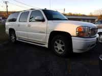 Clean CARFAX. 2005 GMC Yukon XL Denali AWD 4-Speed