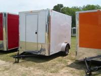 Nice clean trailer that has front master bedroom with
