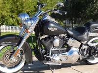 2005 Deluxe, pearl black, vance and hines longshots,