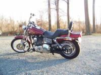 2005 Harley Davidson Dyna in Excellent Condition- - Red
