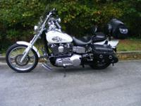 2005 HARLEY-DAVIDSON FXDWGThe 2005 Dyna Wide Glide
