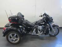 2005 Harley-Davidson FLHTCUI ULTRA CLASSIC TRIKE SUPER