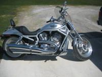 2005 Harley Davidson Sportster XL883L Motorcycle For