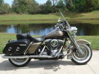 beautiful Roadking Classic with only 11K careful miles.