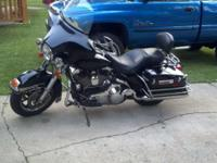 2005 Electra Glide Police, 24k miles, fuel injected,