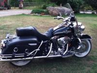 2005 Harley Road King, Black Pearl, complete with