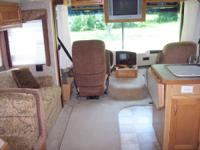 2005 Holiday Rambler Admiral  30ft. chev engine,