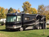 Length: 40 feet Year: 2005 Make: Holiday Rambler Model: