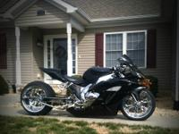 CELTIC CUSTOMS BUILT HONDA CBR 1000RR  VERY CLEAN! 4600