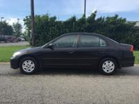 2005 Honda Civic, black with grey cloth interior,