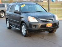 This 2005 Honda CR-V EX in Nighthawk Black Pearl