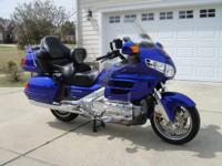 2005 Honda GL1800 Goldwing. 2005 bright Blue metallic