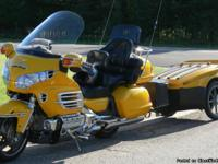 2005 Yellow GL1800  30th Anniversary Edition with