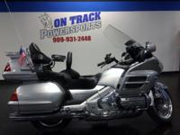 2005 HONDA GOLDWING LIMITED EDITION On Track
