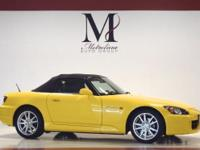 Exterior Color: rio yellow pearl, Body: Convertible,