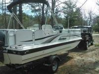 2005 Hurricane Fun Deck Please call boat owner Daniel