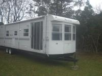 2005 36' Hyline park model trailer. No slides but very