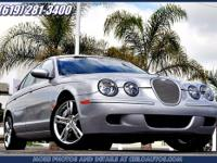2005 Jaguar S-TYPE 4dr Car R Our Location is: CIELO