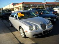 2005 Jaguar S-Type ** Leather! Sunroof! Super Clean!