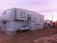 2005 Jayco Eagle 325BHS 5th Wheel. Specifically made