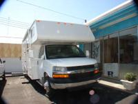 2005 JAYCO ESCAPADE 30? MOTOR HOME NON SMOKER -- NO