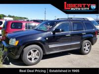 Black Clearcoat 2005 Jeep Grand Cherokee Laredo 4WD