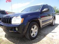 Exterior Color: blue, Body: Laredo 4dr SUV, Engine: 3.7